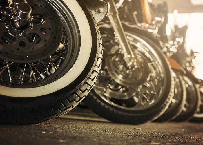 Motorfietsen op een rij